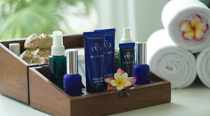 Enjoy a traditional facial massage in our spa in Canggu, Bali